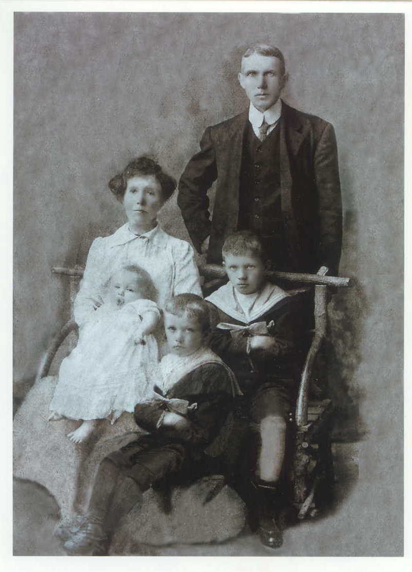 Patrick-Mary&family(crop)